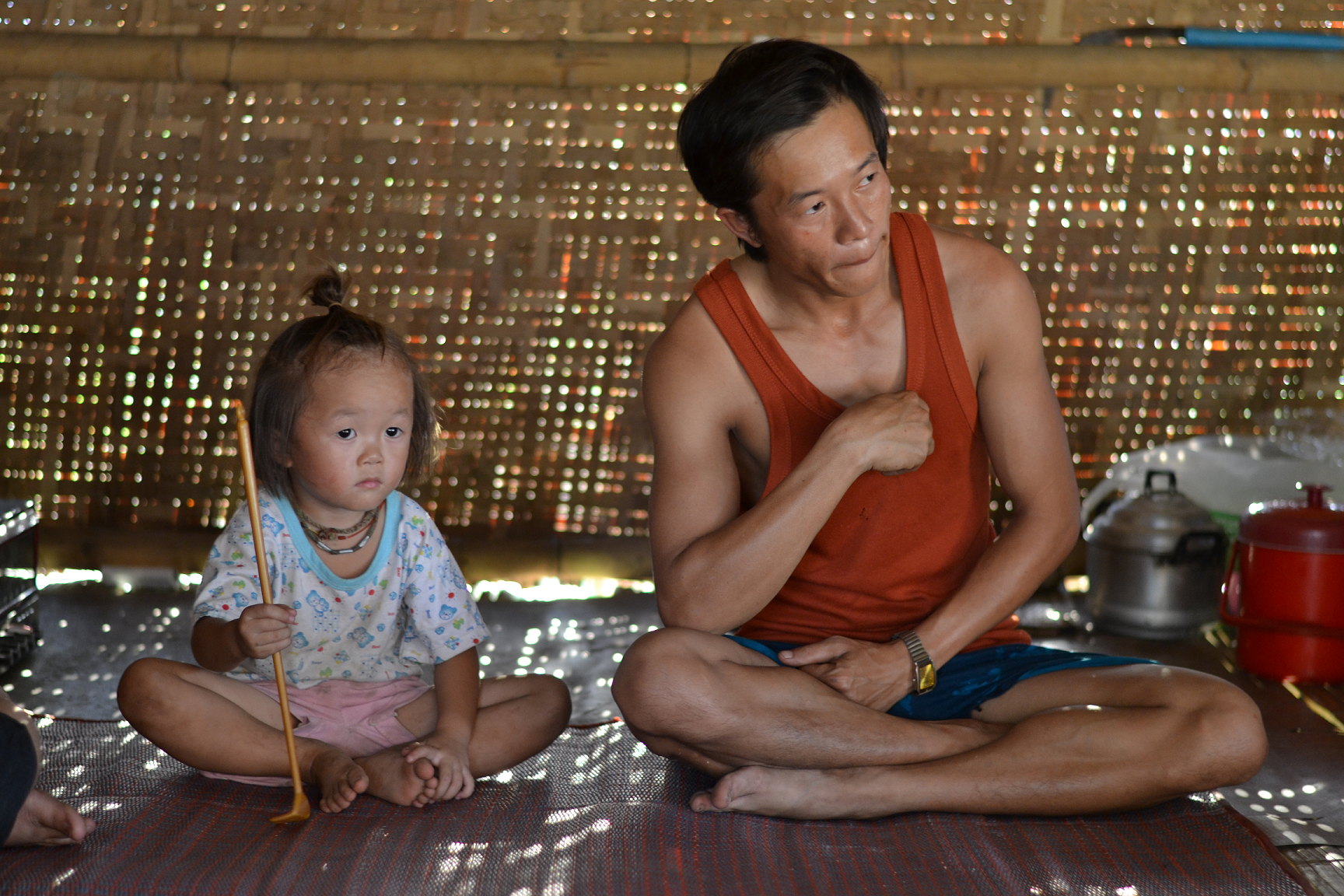 Father and daugther, Burma